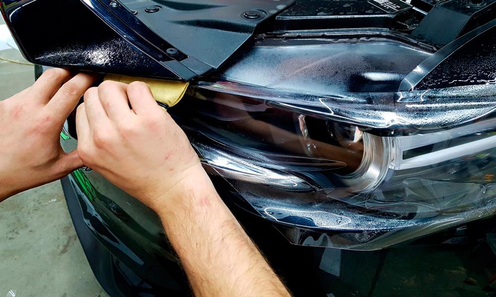 Подготовка к бронированию фар авто